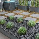 Modern and Contemporary Front Yard Landscaping Ideas 55